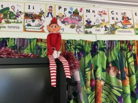Chippy the elf comes to Landhead